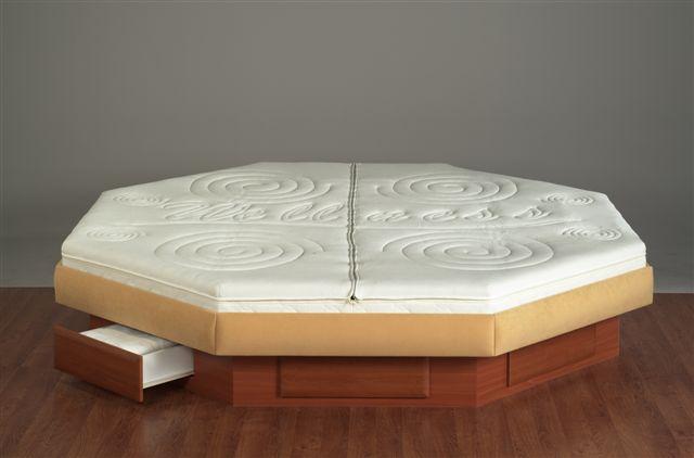 achteckiges wasserbett octopus mit schubladensockel. Black Bedroom Furniture Sets. Home Design Ideas